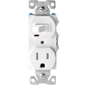 Combination single pole switch and grounding receptacle